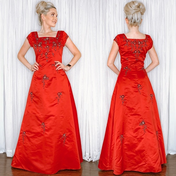 Eternity Dresses & Skirts - Red Satin with Black Lace A-line Formal Prom Dress
